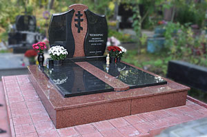 Где заказать памятник на могилу в твери цены на памятники ростов на дону цены юг авто